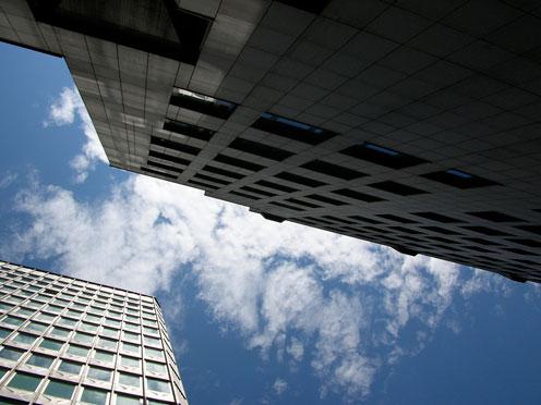 citybranding-blik-op-wolkenkrabbers-en-lucht City marketing: ook jouw gemeente is in concurrentie