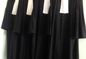 Positionering-advocatenkantoor-positionering-notariskantoor-300x208 Een vechtmarkt vraagt om duidelijk vertellen waarom cliënten uw advocatenkantoor moeten hebben